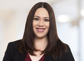 Amanda Olic Senior Associate